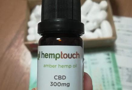 cbdオイルをヘンプタッチという販売会社で購入!使い方や副作用について